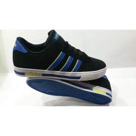 ZAPATILLA ADIDAS DAILY TEAM